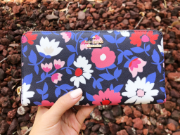 Kate Spade Cameron Street Daisy Lacey Zip Around Wallet Blue Multi Floral